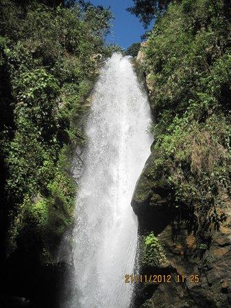 Kanchenjunga Waterfalls