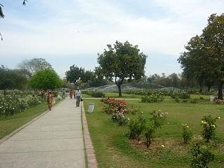Zakir Hussain Rose Garden
