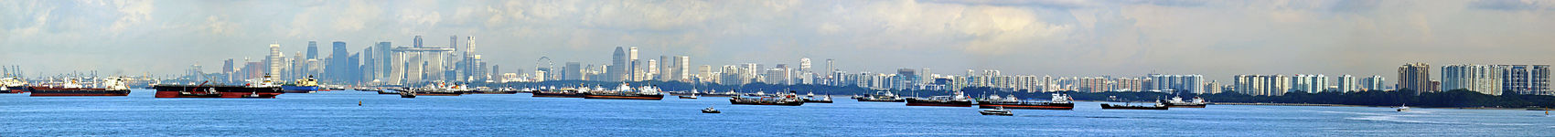 https://upload.wikimedia.org/wikipedia/commons/thumb/a/ac/Panoramic_view_of_the_Central_Business_District%2C_Singapore%2C_and_ships_-_20100712.jpg/1700px-Panoramic_view_of_the_Central_Business_District%2C_Singapore%2C_and_ships_-_20100712.jpg