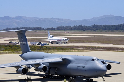 C:\Users\user\Pictures\Youtube\Lockheed_C-5_Galaxy_at_Vandenberg_AFB.jpg